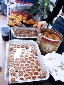 Sellmate - Julfirande med knäck, pepparkakor, lussekatter och julmust
